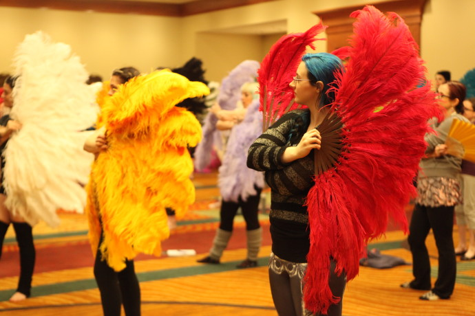 Burlycon 2015 Fan dancing class; photo Don Spiro