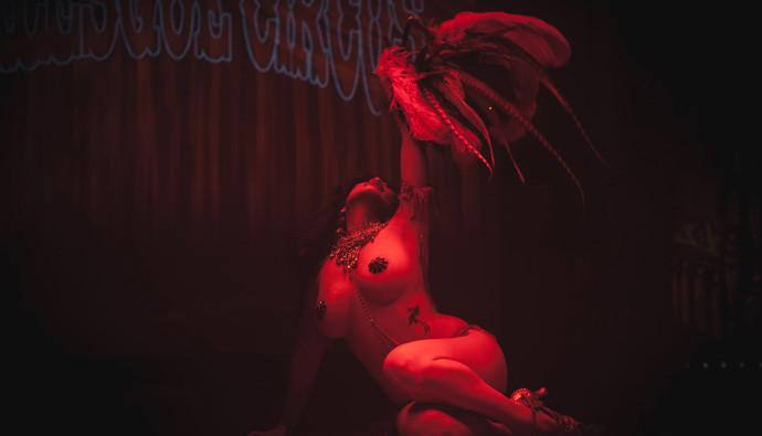 Calamity Chang performing in the Utrecht burlesque show, International Burlesque Circus: Exotic Sensations