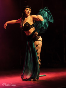 Kitty Litteur performing at the 2014 Toronto Burlesque Festival Day 2