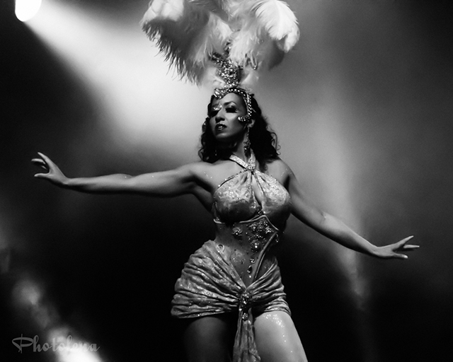 Obskyura performing at the 2016 Toronto Burlesque Festival Saturday night early show, the Glam-A-Ganza, at the Virgin Mobile Mod Club.