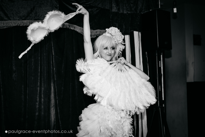 Pearl Grey performing at London burlesque show, Burlesque in Underland.