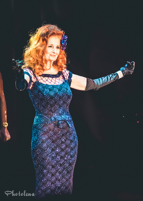 Tempest Storm onstage for the 2015 Burlesque Hall of Fame Weekend Legends of Burlesque Walk of Fame.